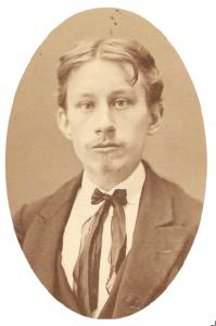 En ung Otto Meyer någonstans i tonåren. Fotot hos Olle Meyer.