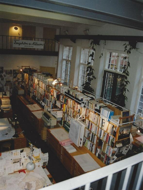 Verkstadsrummet som kontor. Foto Bergström & Nilsson.