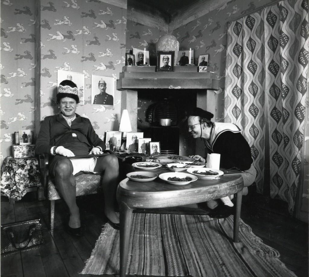 Lille Hans och hans mamma, ett fall för Privatdetektiven Kant. Foto Carl Johan De Geer.